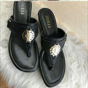 Guess Black Thong sandals Sz.7
